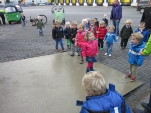 Foto: bezoek kinderdagverblijf Avonturijn Eijgenhuijsen