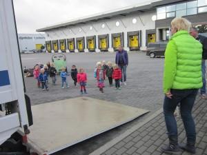 Foto: bezoek kinderdagverblijf aan Eijgenhuijsen
